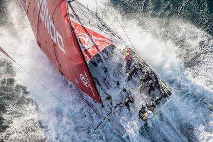 Boot Dongfeng Race Team tijdens de Volvo Ocean Race